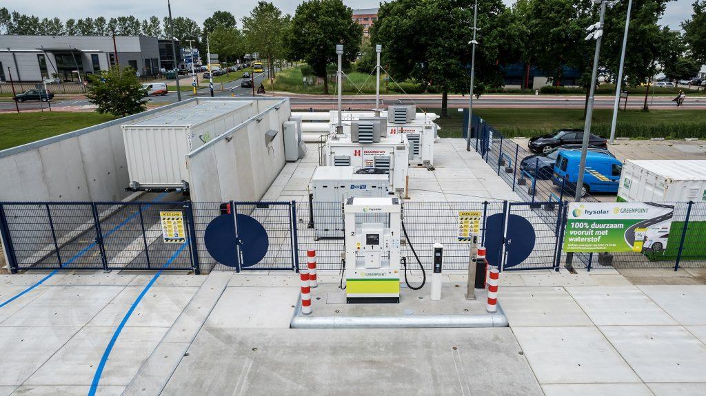 Hysolar Greenpoint - Hydrogen filling station